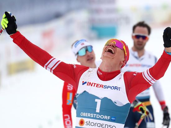 Большунов выиграл чемпионат мира и поставил норвежцев на место