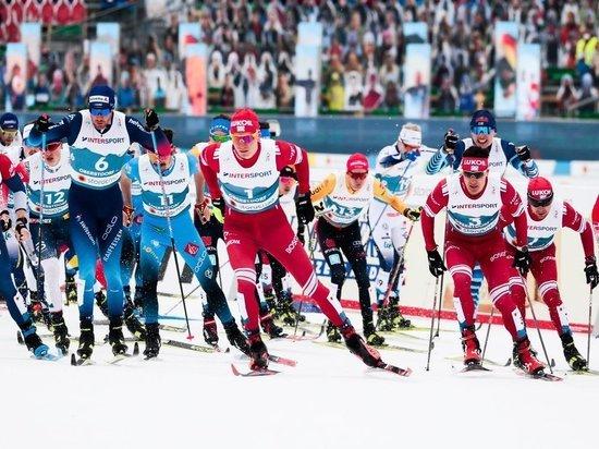 Норвежцы Эрик Валнес и Йоханнес Клебо победили в командном спринте на чемпионате мира по лыжным гонкам в Оберстдорфе. Но это была победа в «одну калитку» только на последнем этапе. Ристоматти Хакола и Йони Мяки из Финляндии – вторые, наши Александр Большунов и Глеб Ретивых – третьи.  После гонки надолго останется ощущение: Большунов сделал максимум, Ретивых – что смог.