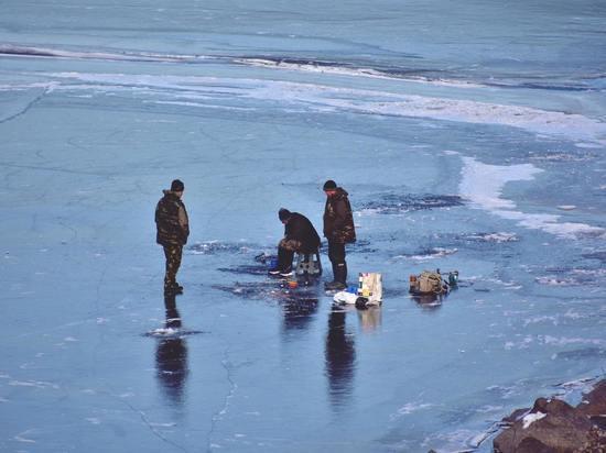События недели на Сахалине: арест депутата и упрямые рыбаки на льду