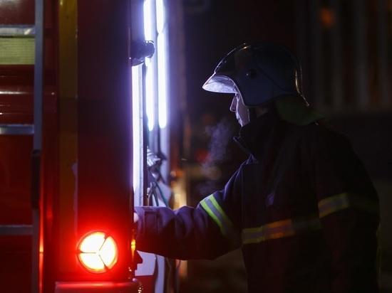 Под Волгоградом в ночном пожаре сгорел «Хендай Акцент»