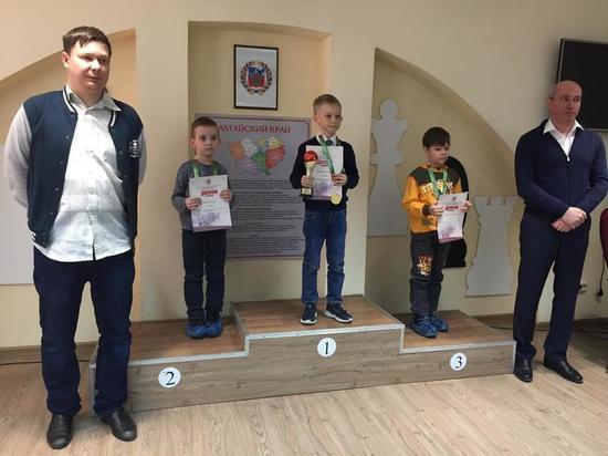 Юный воспитанник шахматного клуба ЦДНИТТ «Наследники Ползунова» победил в краевом турнире