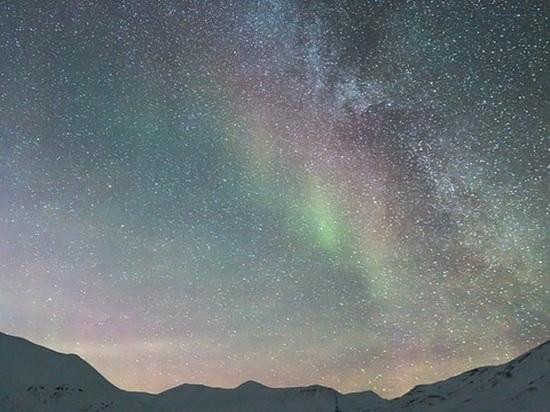 Около 6 часов утра по московскому времени специалисты, представляющие лабораторию рентгеновской астрономии Солнца Физического института Российской академии наук, зафиксировали магнитную бурю, относящуюся к категории G2, то есть являющуюся штормом средней мощности