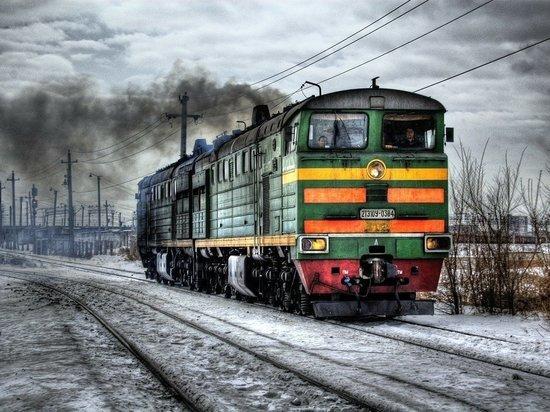 В Алтайском крае поезд сбил насмерть мужчину, говорившего по телефону