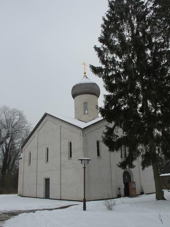 Путь в Гётшендорф: Жизнь православного монастыря в Германии