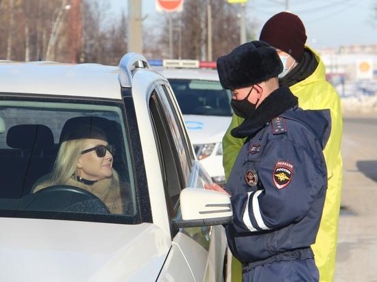 1 марта в Марий Эл началась акция «Цветы для автоледи»