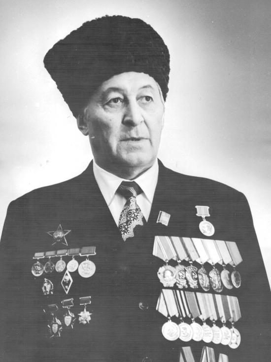 Земляки трижды избирали его депутатом Верховного Совета РСФСР