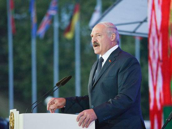 Лукашенко: Минск будет координировать с Москвой оборонную политику