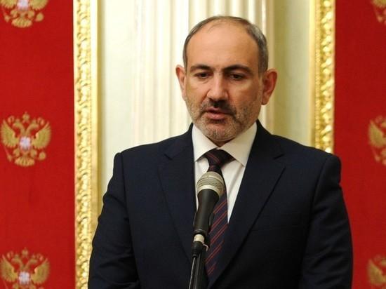 Премьер-министра обвинили в намерении обмануть народ