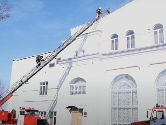 Названы причины пожара в Томском ТЮЗе