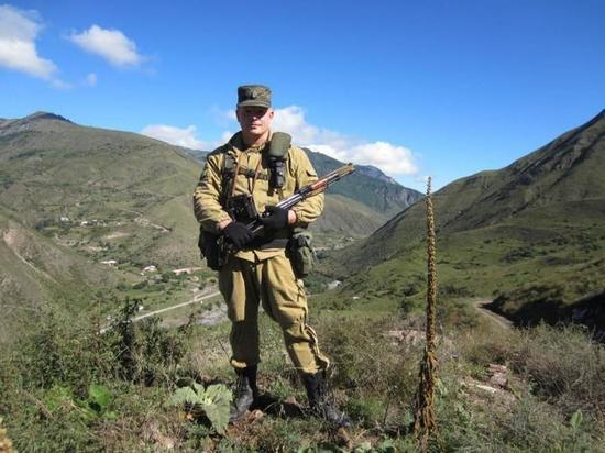 Боец спецподразделения рассказал о своем призвании, настоящих защитниках и воспитании сына