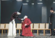 Театр им. Евгения Вахтангова показал премьеру «Короля Лира» в постановке Юрия Бутусова