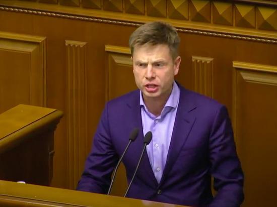 В Раде заявили о необходимости 200 лет на вакцинацию украинцев