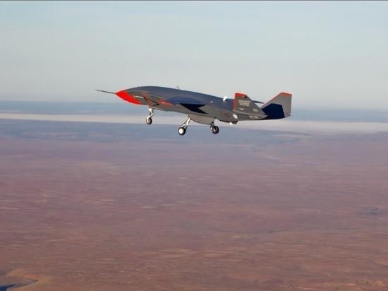 Беспилотный ведомый самолёт Boeing Loyal Wingman совершил первый полёт