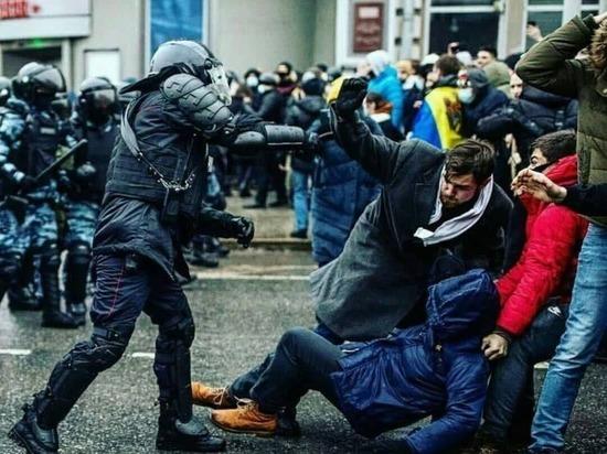 Красноярский активист стал обвиняемым по делу о «перекрытии дорог» на шествии в Москве