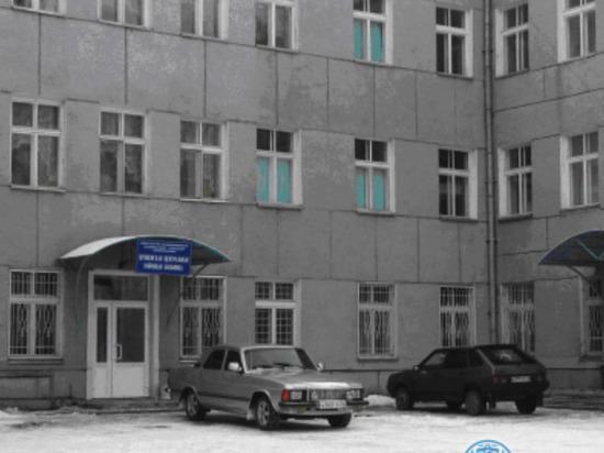 Умер пациент Шушенской больницы, где застали пьяного реаниматолога