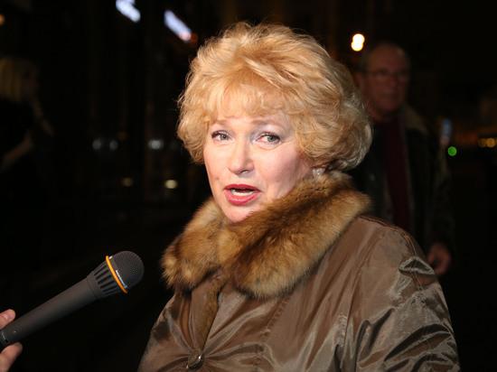 """Нарусова объяснила слова о """"бомжах"""" в адрес участников протестов"""