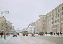 Мы уже рассказали, как петрозаводский проспект Ленина превращался из окраины в центральную улицу, что стало главными «точками притяжения» в его верхней части