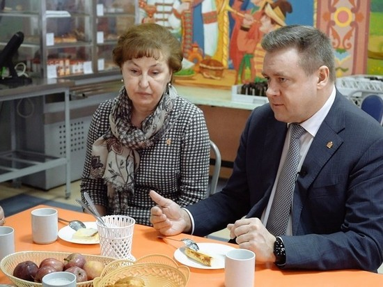 Любимов лично проверил качество питания в рязанской школе №58 и дал поручения