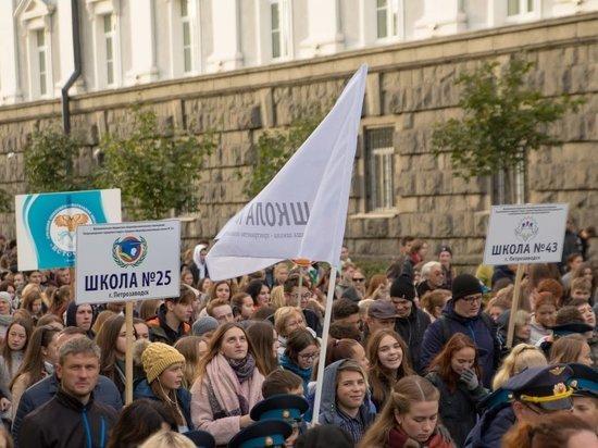 Сегодня петрозаводская администрация прикрепила к общеобразовательным учреждениям города конкретные улицы и дома