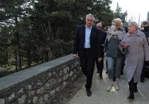 Ситуация в Форосе: Аксенов лично прошел по всем точкам стройки