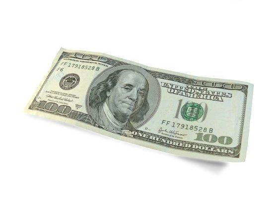 За год в Алтайском крае выявили пять поддельных долларовых купюр