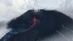 Ученые сняли на видео извержение Ключевского вулкана на Камчатке