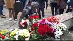 Видео памятника медикам в Петербурге: о Беглове высказались резко