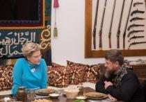 Телеведущая Малышева впервые съездила в Чечню на