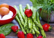 Какие продукты помогут справиться с весенней усталостью