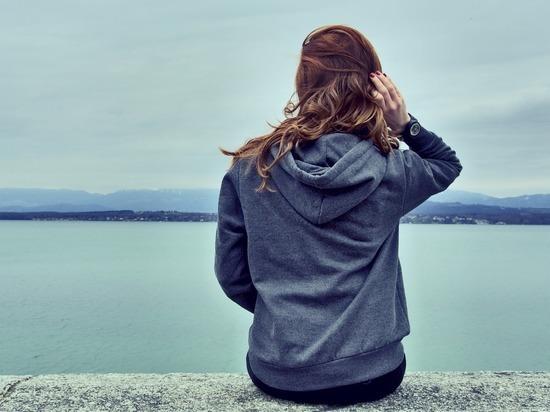 Выпадение волос стало одним из симптомов постковида, с которым столкнулись многие пациенты после коронавирусной инфекции