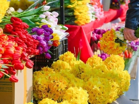 К 8 Марта волгоградцы смогут купить цветы на 90 площадках