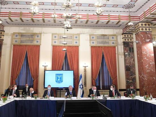 Премьер-министр Биньямин Нетаниягу провел  в Иерусалиме саммит с канцлером Австрии Себастьяном Курцем и премьер-министром Дании Метте Фредериксен, посвященный созданию совместного фонда исследований, разработок и производства вакцин