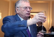 Жириновский высказался о женщинах-губернаторах: ни одна не устояла