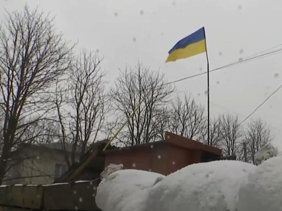 В Сети появились кадры переброски военной техники и войск украинской армии на Донбасс
