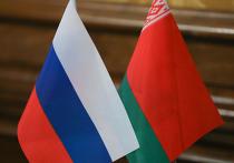 В Москве прошла встреча глав оборонных ведомств России и Белоруссии - Сергея Шойгу и Виктора Хренина