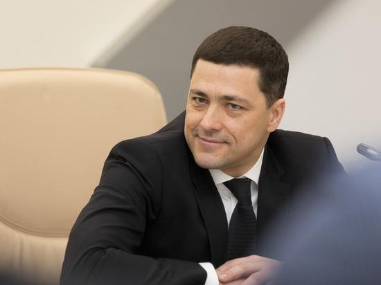 Псковский губернатор поздравил жительниц региона с 8 марта