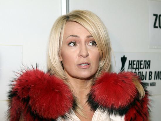 Супруга Евгения Плющенко, известный продюсер Яна Рудковская рассказала, что у Алены Косторной нет контракта с академией прославленного фигуриста
