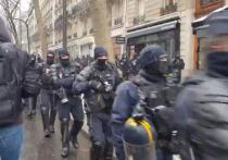 Во Франции в ходе беспорядков задержали четырех подростков