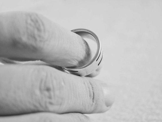 Олег Винник разводится спустя полгода после свадьбы
