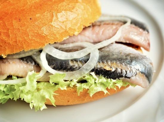 Дорогие сорта рыбы и растительные масла не единственный источник полезной жирной кислоты омега-3