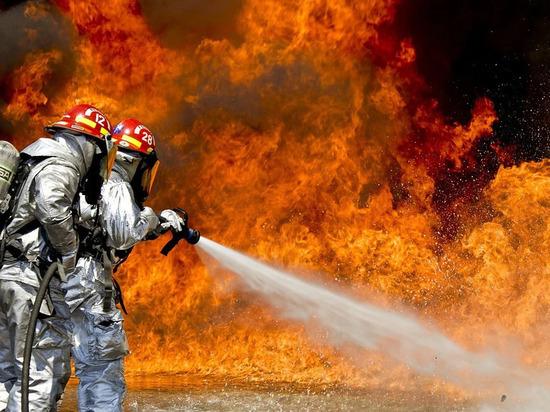 На мясокомбинате в Новотроицке произошел сильный пожар