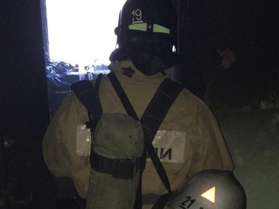 В Бийске во время пожара спасли восемь человек