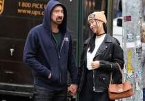 В пятый раз сочетался браком 57-летний голливудский актер Николас Кейдж – он женился на 26-летней Рико Сибате