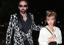 57-летний актер заключил брак с 26-летней японкой
