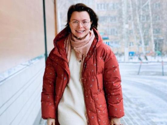 Молодая жена Петросяна резко ответила по поводу «дачного» наряда