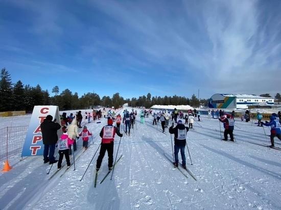 От 2 до 75 лет: больше 500 участников вышли на «Лыжню России» в Ноябрьске