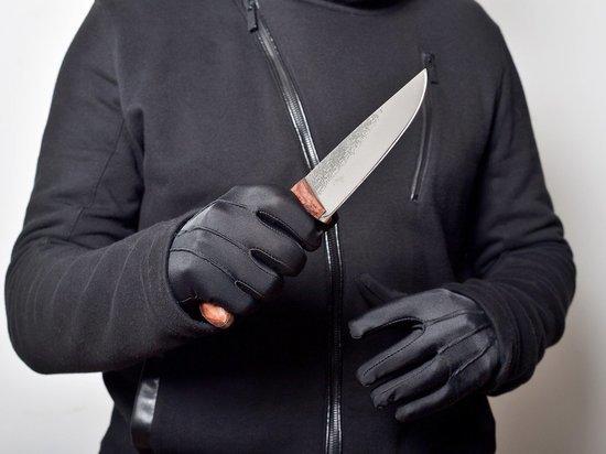 Пьяный забайкалец в Могоче зарезал сожителя бывшей жены