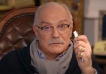 Кинорежиссер и телеведущий Никита Михалков прокомментировал в своей передаче «Бесогон» проведенное Ксенией Собчак расследование его профессиональной деятельности