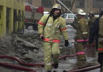 Пожар, возникший сегодня, 7 марта в квартире пенсионерки-колясочницы в подмосковном Пушкино унес жизнь самой хозяйки и отправил в реанимацию ее соседей — девочек 4  лет и 8  месяцев и их мать