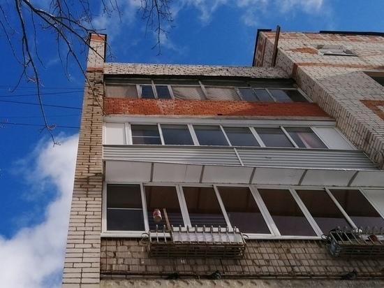 В домах в центре Калуги продолжают течь крыши
